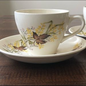 Other - pair of vintage tea cups New Zealand